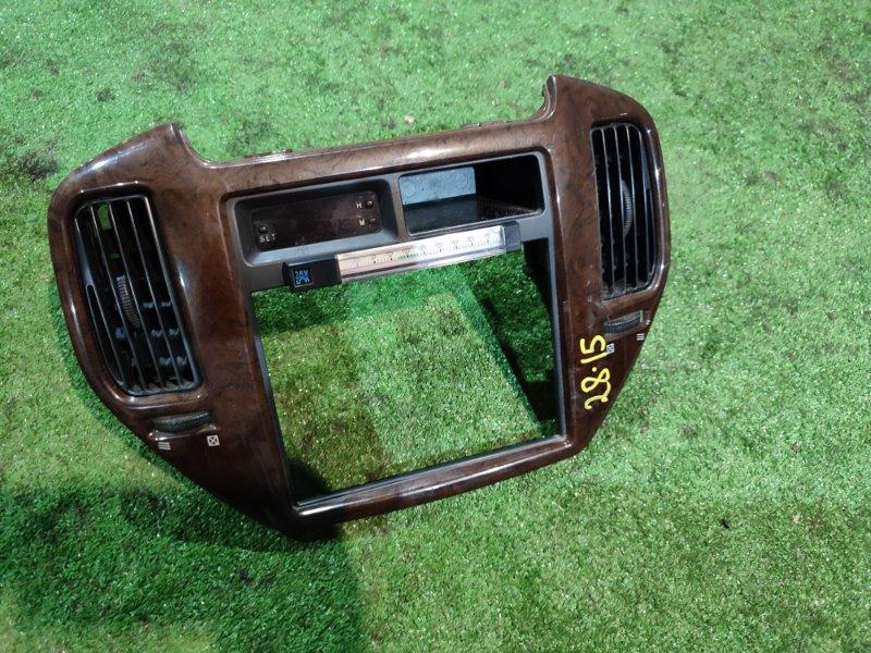 Центральная консоль Mitsubishi Dingo CQ2A 4G15