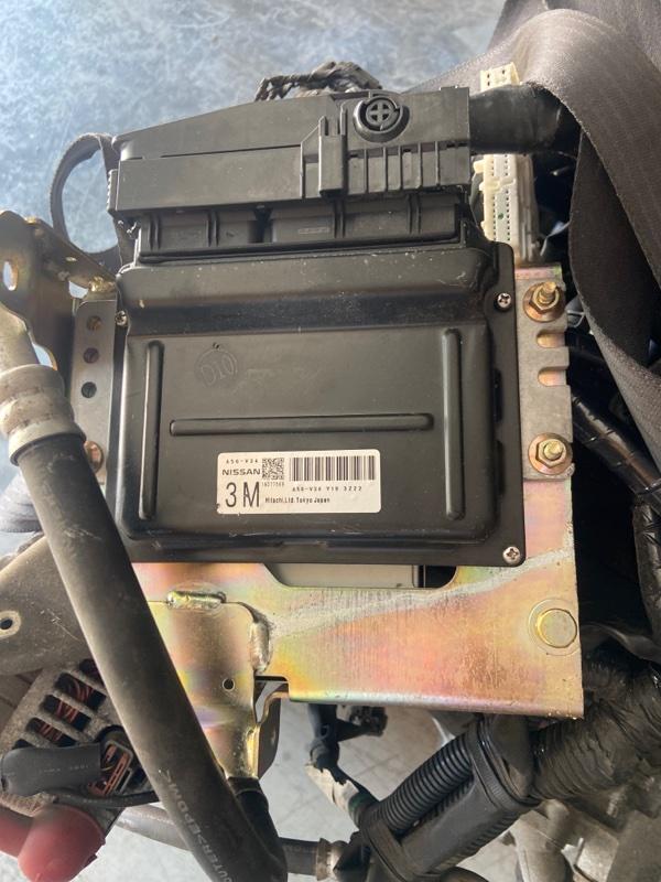 Блок управления двс Nissan Serena TNC24 QR20DE 2003