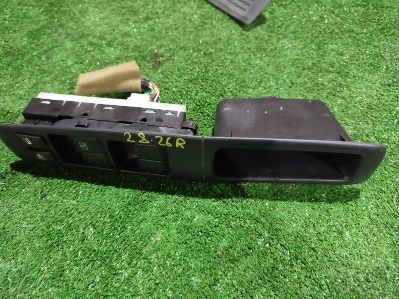 Блок управления стеклоподъемниками Nissan Serena CC25 MR20DE
