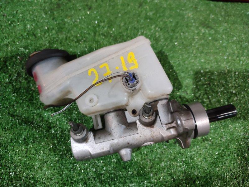 Главный тормозной цилиндр Toyota Platz NCP16 2NZ-FE