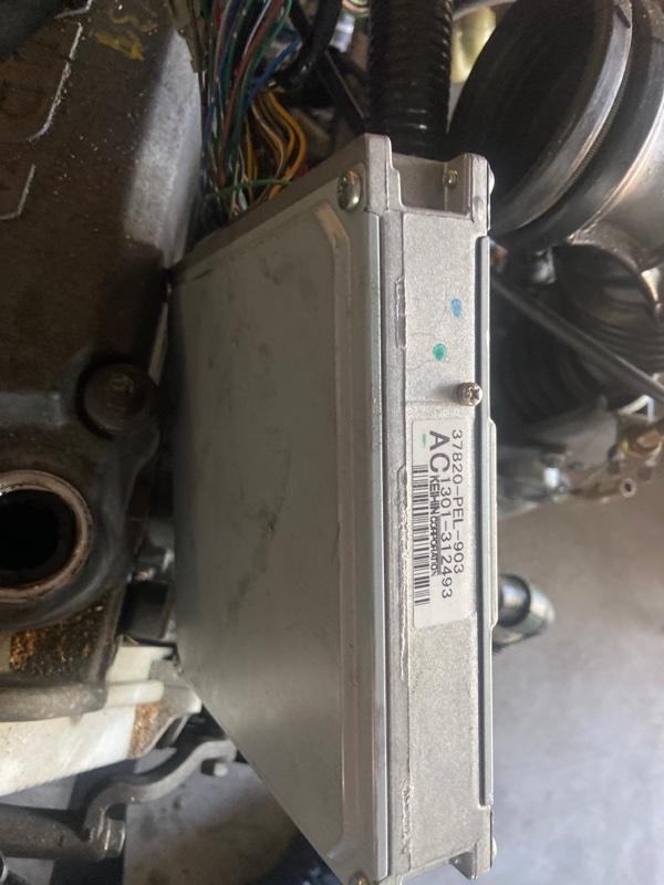 Блок управления двс Honda Hr-V GH3 D16A