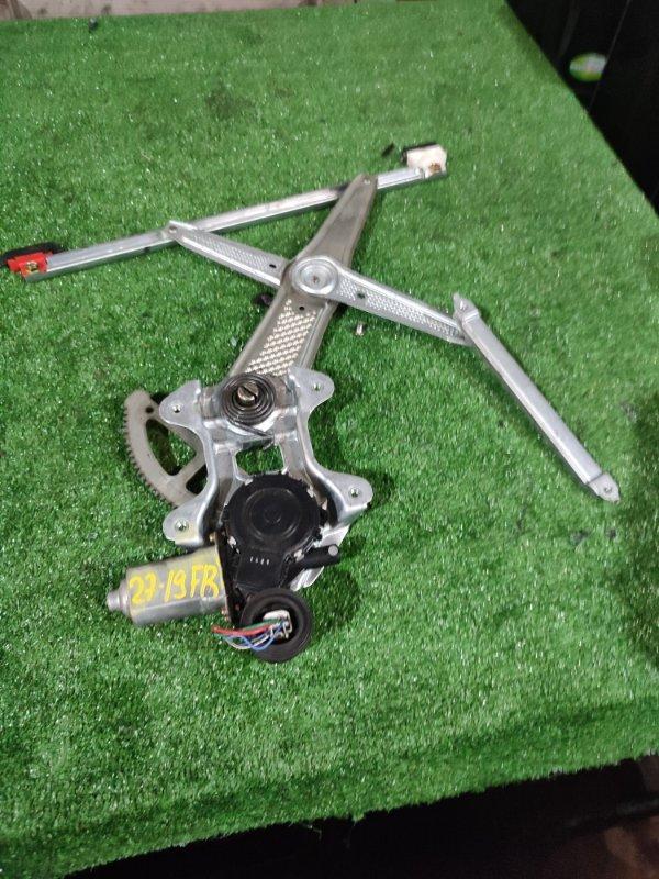 Стеклоподъемник Toyota Platz NCP16 2NZ-FE передний правый
