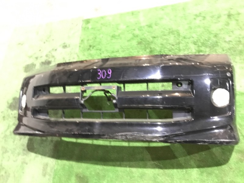 Бампер Toyota Voxy AZR60 1AZ-FSE передний