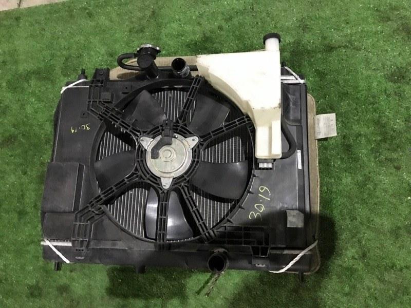 Радиатор двигателя Nissan Tiida C11 HR15DE