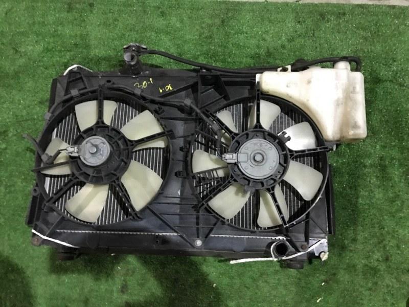 Радиатор двигателя Toyota Voxy AZR60 1AZ-FSE
