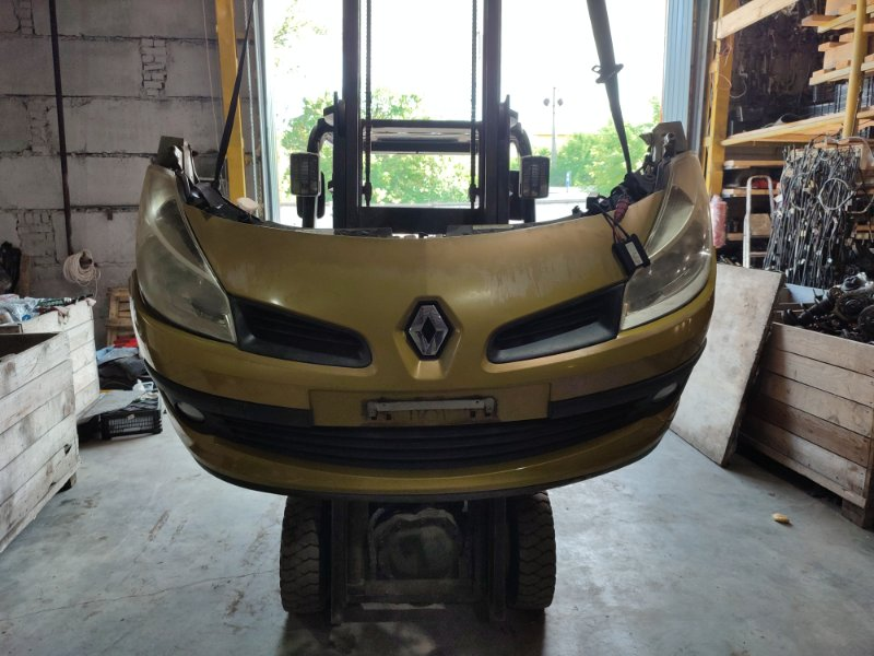 Nose cut Renault Lutecia K4M D800