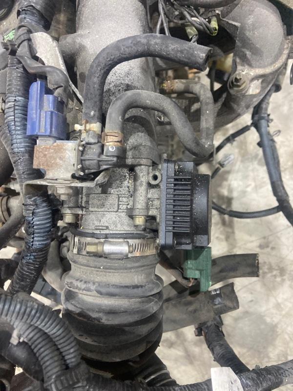 Заслонка дроссельная Nissan Liberty PM12 QR20DE