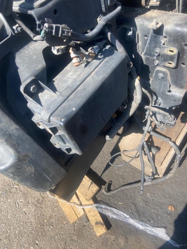 Блок реле и предохранителей Toyota Dyna RZU300 3RZ-FPE