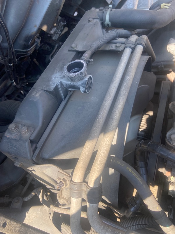 Радиатор двигателя Toyota Dyna RZU300 3RZ-FPE