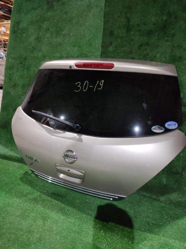 Дверь задняя багажника Nissan Tiida C11 HR15DE