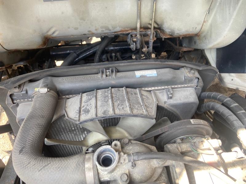 Радиатор двигателя Mitsubishi Canter FE638E 4D35