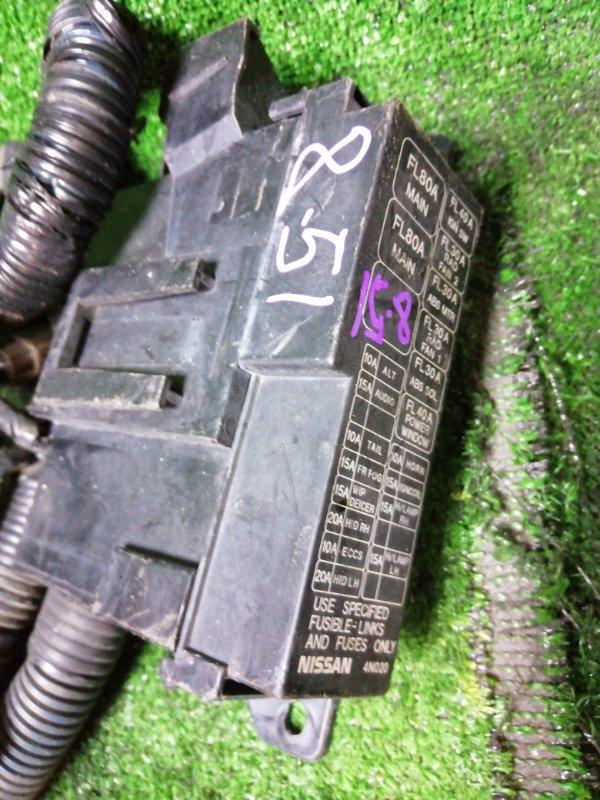 Блок реле и предохранителей Nissan Serena PC24 SR20