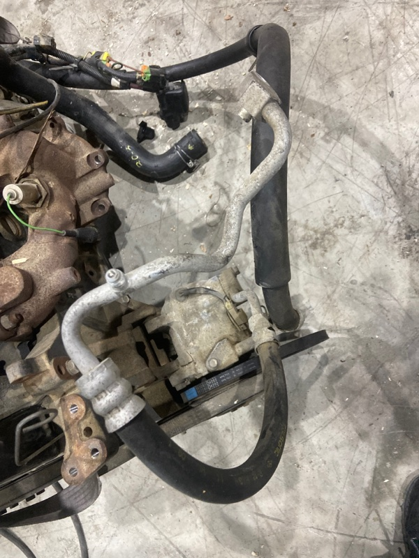 Шланг кондиционера Nissan Bluebird RU11 CA16