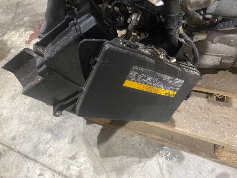Блок реле и предохранителей Toyota Mark X GRX135 4GR-FSE