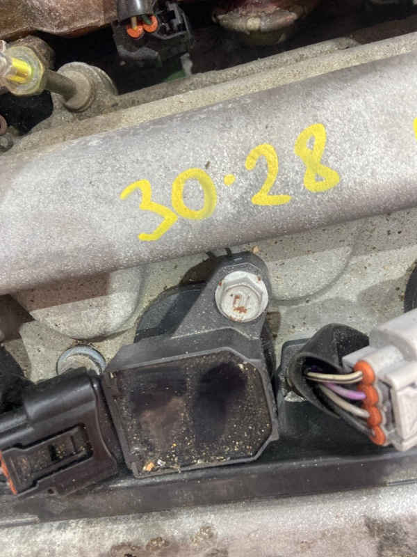 Катушка зажигания Toyota Isis ZNM10W 1ZZ-FE