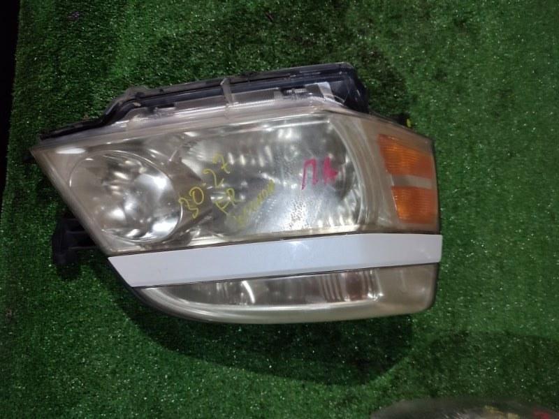 Фара Toyota Voxy AZR60 1AZ-FSE правая