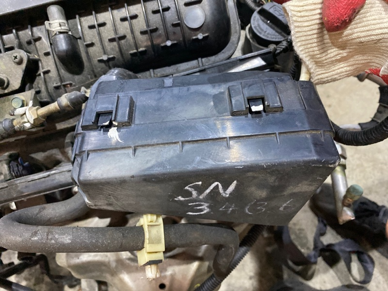 Блок реле и предохранителей Honda Fit GD4 L15A