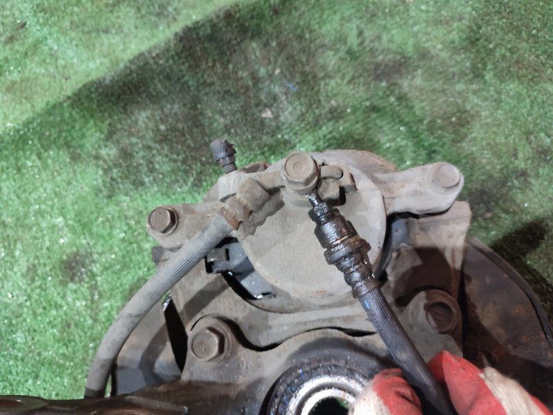 Шланг тормозной Toyota Wish ZNE10G 1ZZ-FE передний левый