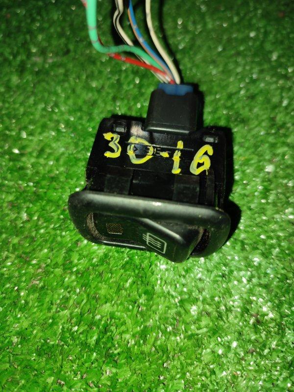 Кнопка Daihatsu Yrv M211G K3-VE