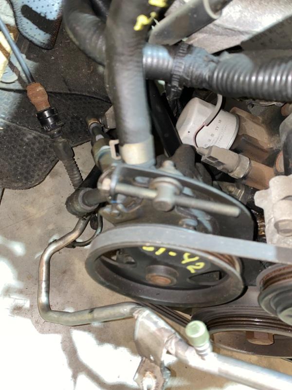 Насос гидроусилителя Nissan Bluebird Sylphy FG10 QG15DE