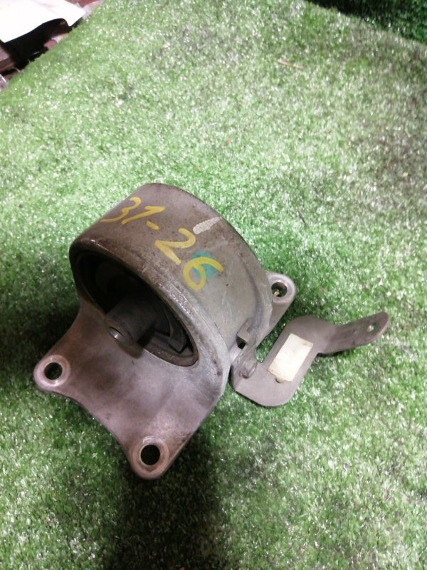 Подушка двигателя Nissan Teana J31 VQ23DE