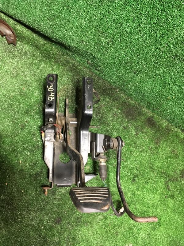 Педальный узел Mitsubishi Canter FB516BT 4D36 1995