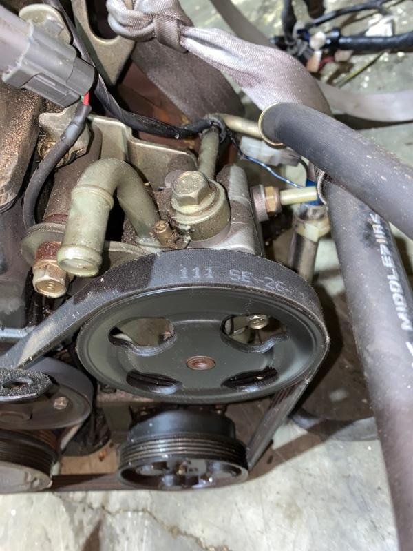 Насос гидроусилителя Mazda Premacy CP8W FP DE