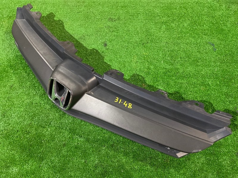 Решетка радиатора Honda Airwave GJ1 L15A