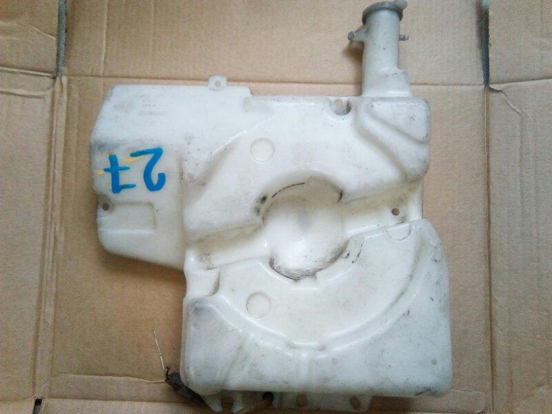 Бачок омывателя Mitsubishi Canter FE638E 4D35 1995