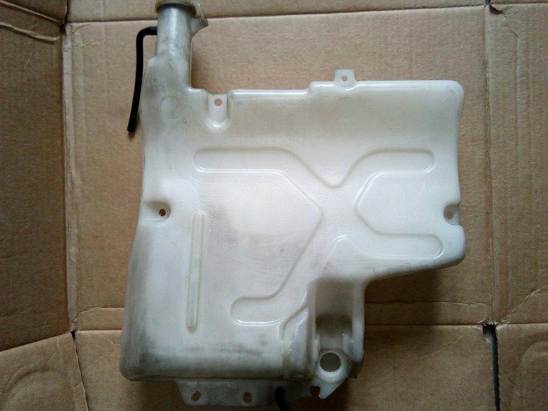 Бачок омывателя Mitsubishi Canter FE507B 4D33 1995
