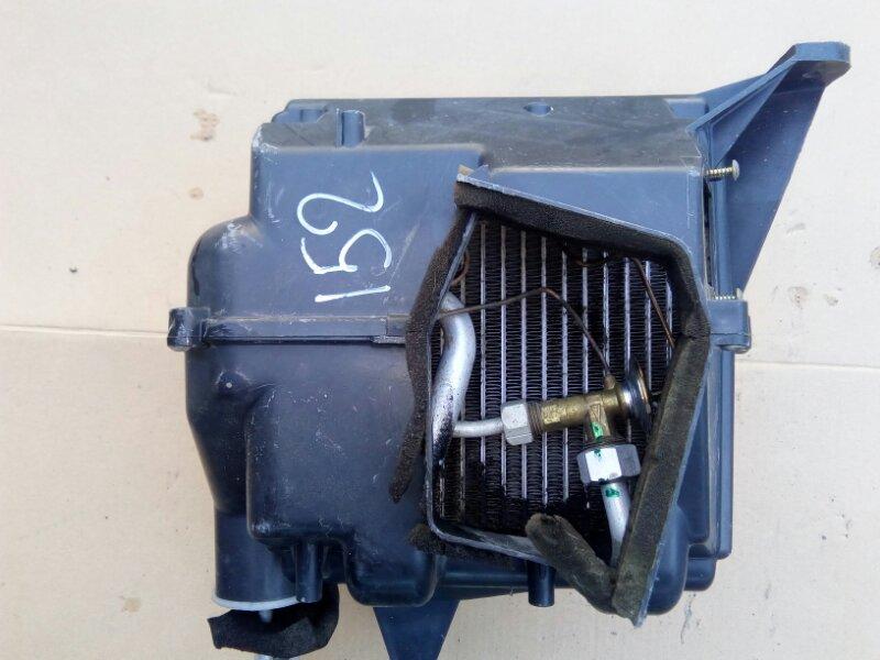 Корпус радиатора кондиционера с радиатором Isuzu Elf NKR81 4HF1 2002