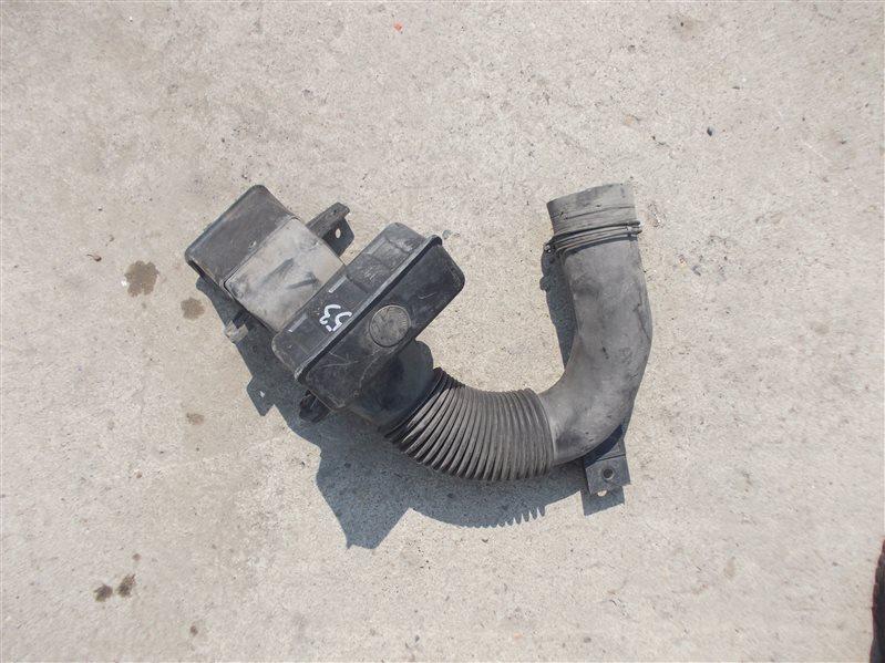 Патрубок воздухозаборника Mitsubishi Canter FE507B 4D33 1995