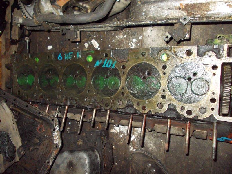 Головка блока цилиндров Isuzu Forward FRR32DB 6HE1 1990