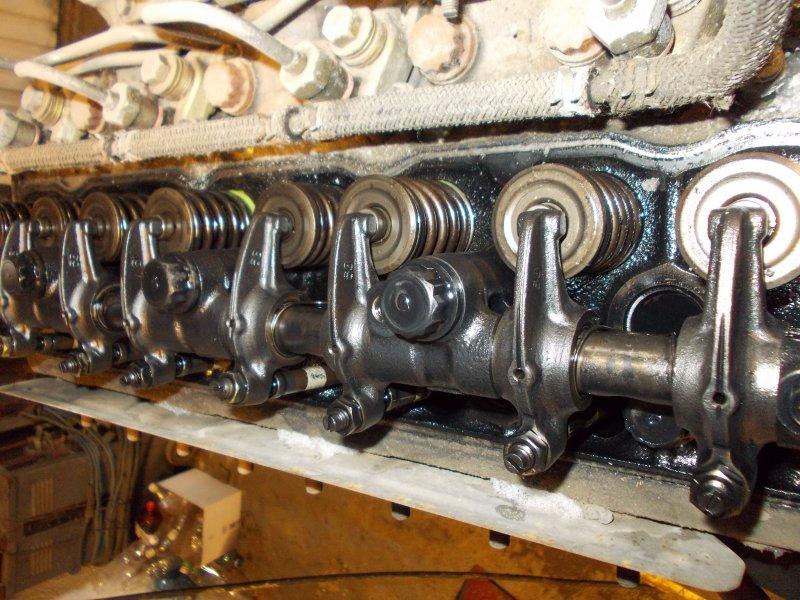 Головка блока цилиндров Mitsubishi Canter FE568B 4D35 1999