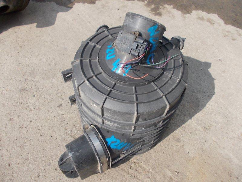 Корпус воздушного фильтра Hino Dutro XZU414 N04C