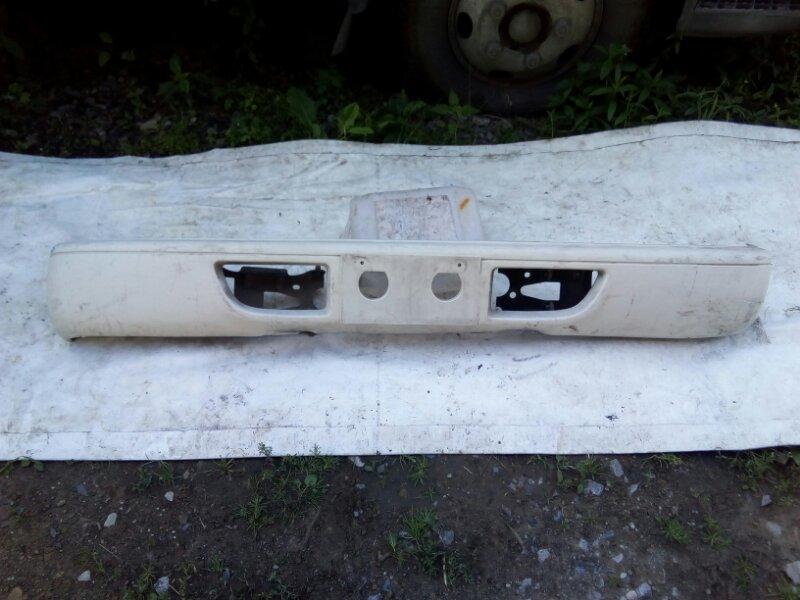 Бампер Isuzu Elf NKR66E 4HF1 1993 передний