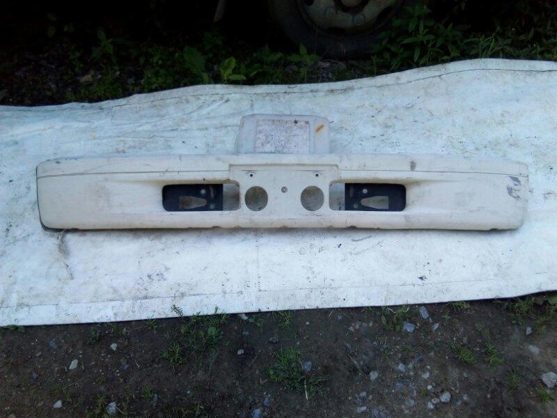 Бампер Isuzu Elf NKR66E 4HF1 1992 передний