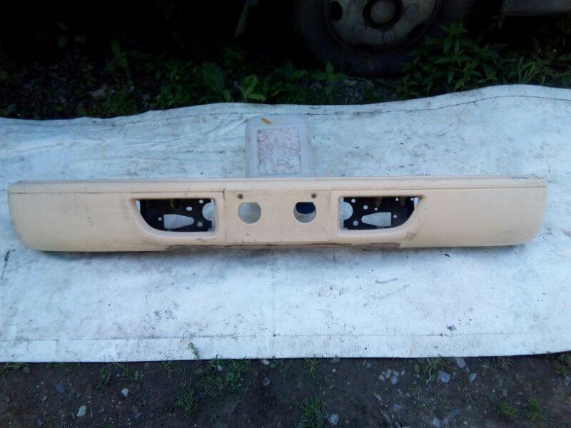 Бампер Isuzu Elf NKR81L 4HF1 2002 передний