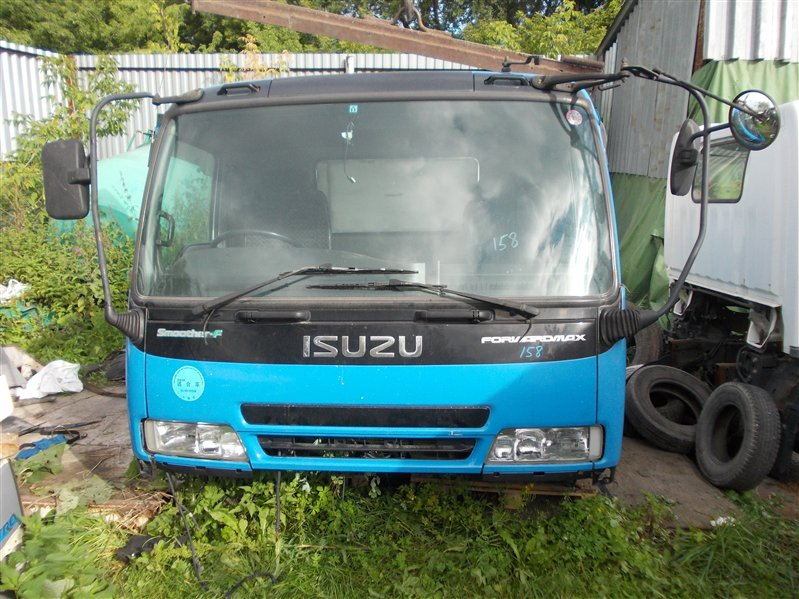 Кабина Isuzu Forward FRD35K4S 6HL1 2003
