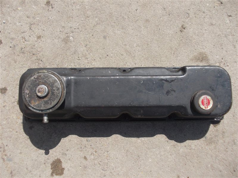 Крышка клапанов Nissan Atlas TD23 / TD25