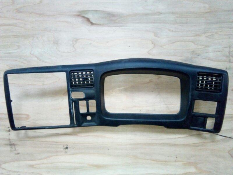 Консоль панели приборов Mazda Titan WHF5T TF 2001