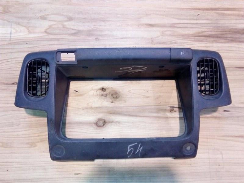 Консоль панели приборов Nissan Atlas R4F23 QD32 2001