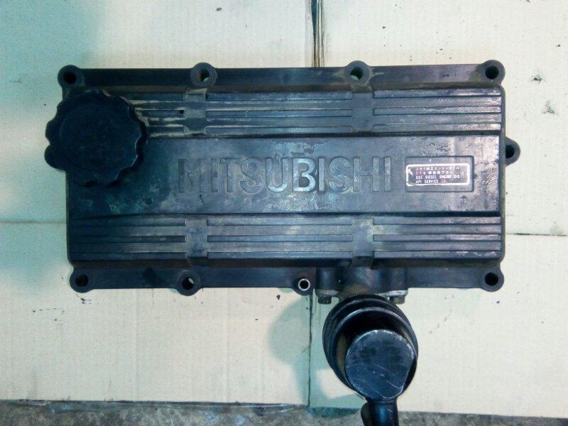 Крышка клапанов Mitsubishi Fuso 6D40-T