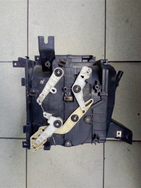 Корпус мотора печки Mitsubishi Canter FB70ABX 4M40 2004