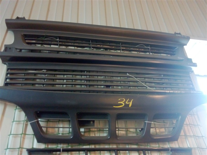 Решетка радиатора Hino Ranger 90