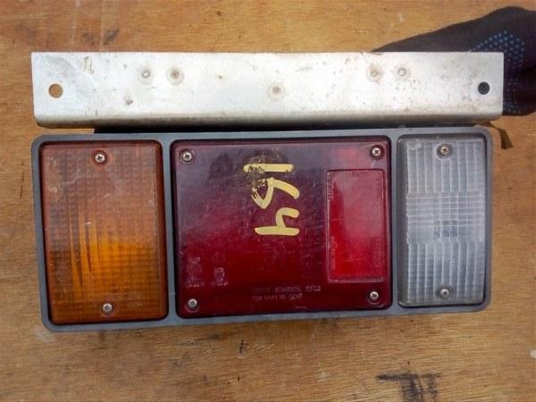 Фонарь задний Isuzu Elf NPR85 4JJ1 2008 задний левый