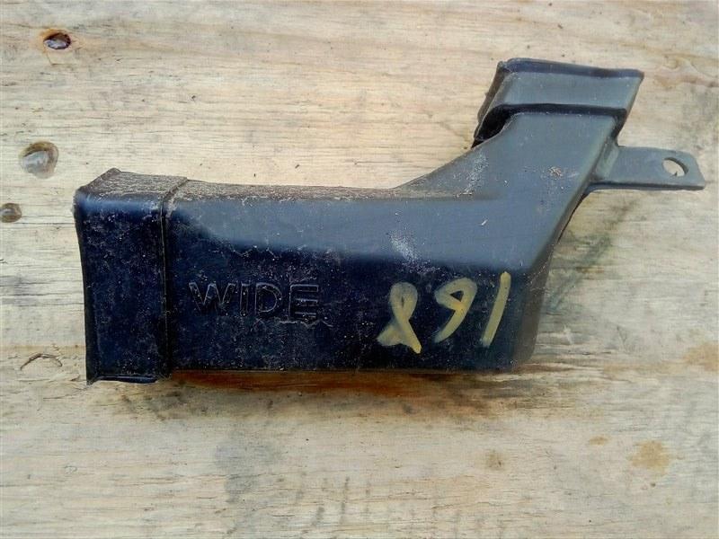 Патрубок воздухозаборника Isuzu Elf NPR81 4HF1 2005