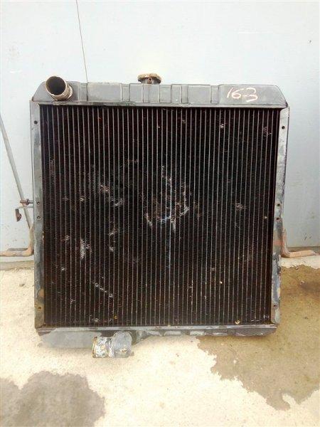 Радиатор охлаждения двигателя Nissan Diesel MK211H FE6 1995