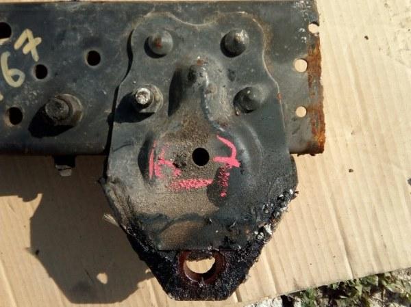 Кронштейн передней рессоры ff Hino Ranger FD8JKW J08E 2006 передний