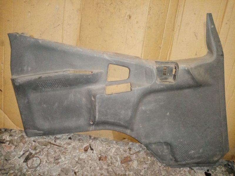 Обшивка двери Mitsubishi Canter FE500 . FE600 4D35 1995 передняя левая